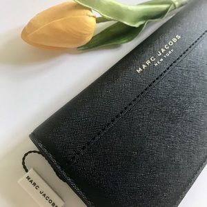Marc Jacobs Saffiano Lether Long Fold Women Wallet